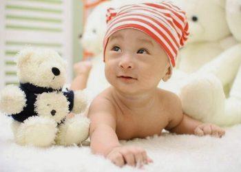 Si kecil mulai tersenyum dengan apa yang dia suka