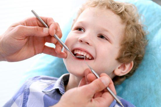 Tak ada batasan usia untuk ke dokter gigi