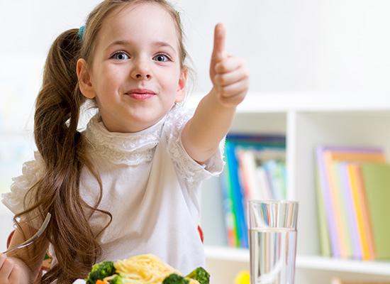 Buatlah Suasana Makan Menyenangkan