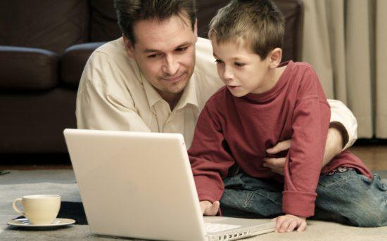 Si kecil dapat memunculkan beragam ekspresi kreatif