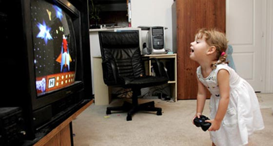 Letakkan Perangkat Game Di Ruang TV yang Mudah Dipantau