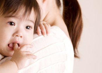 Tanda Tumbuh Gigi Bayi
