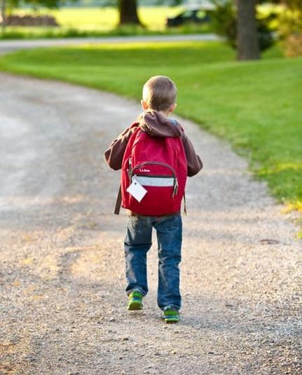 Jarak Sekolah dengan Rumah
