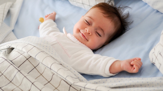 Bangunkan si kecil dengan suara yang lembut