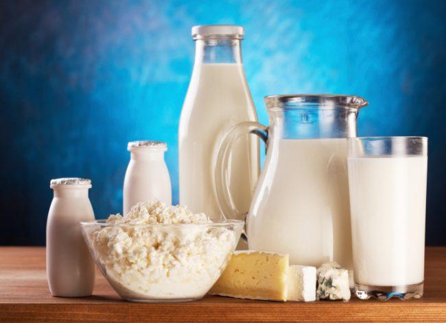 Pastikan susu formula untuk bayi yang baru lahir mengandung Whey dan Casein
