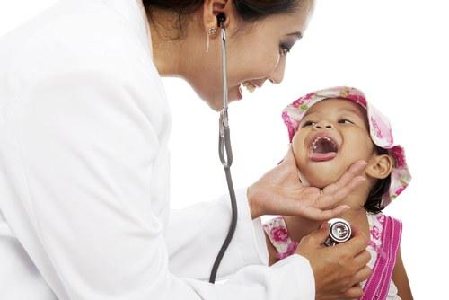 Anak Batuk Pilek, Bolehkah di Imunisasi ?