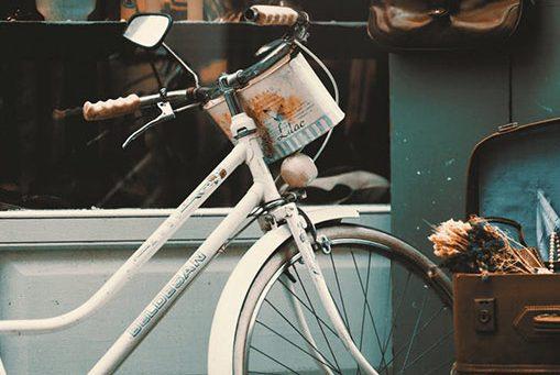 Tips Mengajarkan Si kecil Naik Sepeda