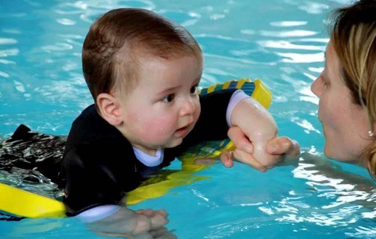 Ajak Si Kecil Berenang