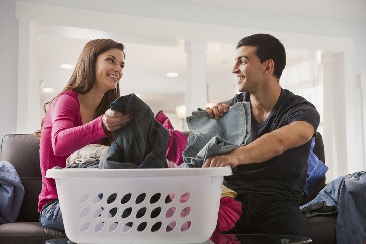 Berbagi Tugas dengan Suami