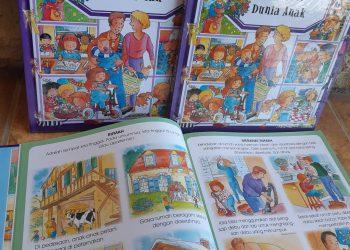Ensiklopedia anak karya Groupe Fleurus