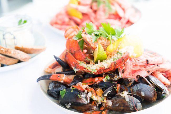 Konsumsi Seafood Saat Menyusui? Berbahayakah Untuk Si Kecil?
