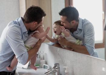 stimulasi bayi 4 -5 bulan