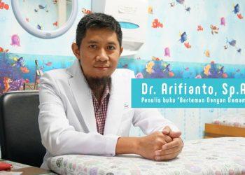 dr. Arifianto, Sp.A (dokter Apin)