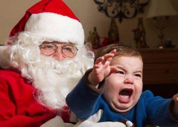 Phobia Terhadap Santa Claus (sumber gambar: https://www.popsugar.com)
