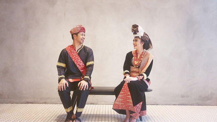 Foto Prewed Berpakaian Tradisional
