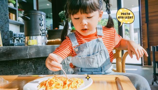 memasak bersana anak